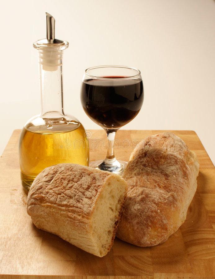 Хлеб, вино и масло